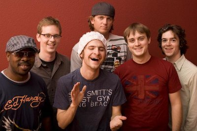 Snarky Puppy (via WikiCommons.com)