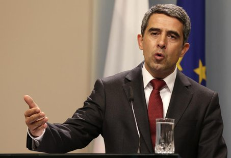 Bulgarian President Rosen Plevneliev speaks during a news conference in Sofia May 15, 2013. REUTERS/Stoyan Nenov