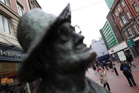 A statue of Irish writer James Joyce stands on O'Connell Street in Dublin January 23, 2014. REUTERS/Cathal McNaughton