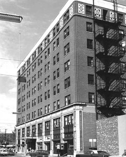 Early Days Of Deming Hotel In Downtown Terre Haute