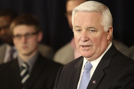Pennsylvania Governor Tom Corbett speaks at a news conference on the Penn State campus in State College, Pennsylvania January 2, 2013. REUTE