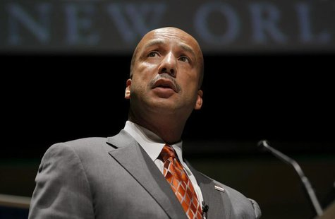 New Orleans Mayor C. Ray Nagin makes an address at a public forum as part of the Sustainable Globalisation summit in Sydney June 11, 2009 fi