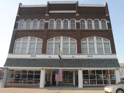 Former Glidden Building 929 Wabash, Soon to be new home for Vigo County Historical Society