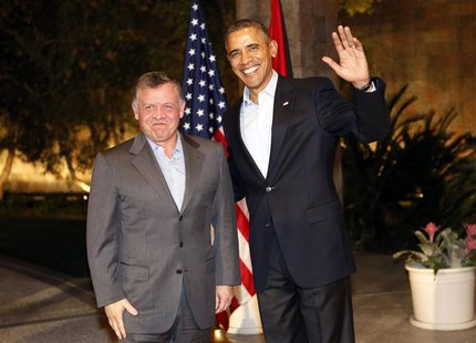 U.S. President Barack Obama (R) meets with Jordan's King Abdullah at Sunnylands in Rancho Mirage, California February 14, 2014. REUTERS/Kevi