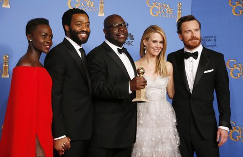 Actress Lupita Nyong'o, actor Chimetel Ejiotor, director Steve McQueen, actress Sarah Paulson and actor Michael Fassbender (2nd L-R) pose ba