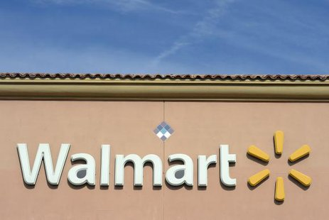 The Walmart logo is pictured at its store in the Porter Ranch section of Los Angeles November 26, 2013. CREDIT: REUTERS/KEVORK DJANSEZIAN
