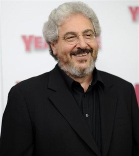 "Actor/director Harold Ramis arrives for the premiere of ""Year One"" in New York June 15, 2009. REUTERS/Stephen Chernin"