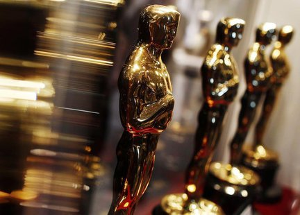 "Oscar statuettes are displayed at the ""Meet the Oscars"" exhibit in New York February 25, 2010. REUTERS/Shannon Stapleton"