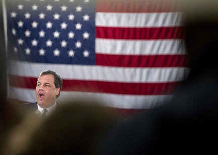 New Jersey Governor Chris Christie responds to a question during a town hall meeting in Sterling February 26, 2014. REUTERS/Carlo Allegri