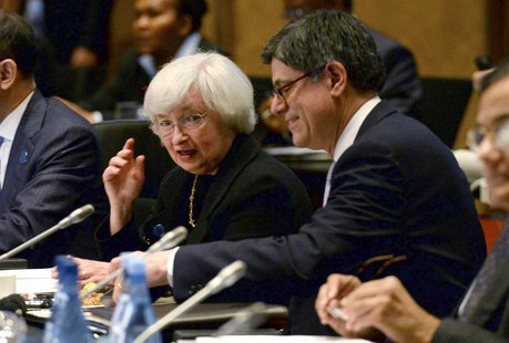 U.S. Federal Reserve Chairman Janet Yellen (L) chats with U.S. Treasury Secretary Jack Lew before the G20 Finance Ministers and Central Bank
