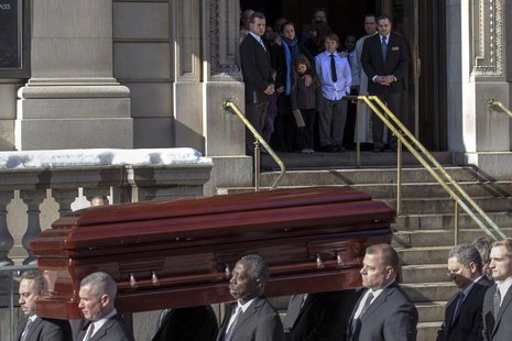 The casket is carried following the funeral for actor Phillip Seymour Hoffman in the Manhattan borough of New York, February 7, 2014. REUTER