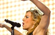 Up Close With The Band Perry in Green Bay :: 2/27/14 6