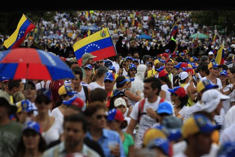 Anti-government protesters take part in rally against Venezuela's President Nicolas Maduro government in Caracas March 2, 2014. REUTERS/Toma