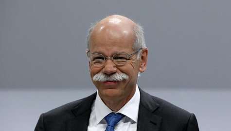 Daimler AG Chief Executive Dieter Zetsche smiles during the company's annual news conference in Stuttgart February 6, 2014. REUTERS/Michaela