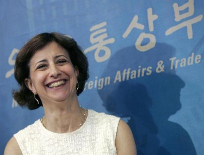 Assistant U.S. Trade Representative Wendy Cutler smiles during a news conference after additional free trade talks between South Korea and t