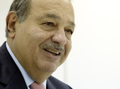 Chairman of Grupo Carso Carlos Slim of Mexico speaks during an interview with Reuters at the ITU Telecom World in Geneva October 24, 2011. R
