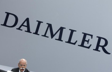 Daimler AG Chief Executive Dieter Zetsche attends the company's annual news conference in Stuttgart February 6, 2014. REUTERS/Michaela Rehle