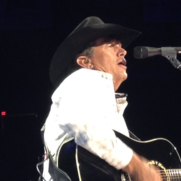 """Not ready to say goodbye to George Strait but glad I got to see him one last time in concert "" -Jess Kelley"