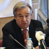 U.N. High Commissioner for Refugees (UNHCR) Antonio Guterres speaks during a news conference in Amman November 28, 2013. REUTERS/Majed Jaber