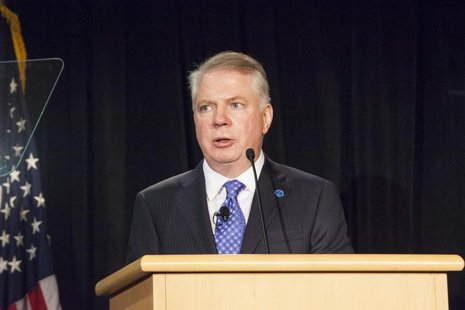 Ed Murray addresses the crowd after being sworn in as Mayor of Seattle at City Hall in Seattle, Washington January 6, 2014. REUTERS/David Ry