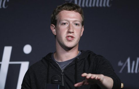 Facebook CEO Mark Zuckerberg delivers remarks in an onstage interview for the Atlantic Magazine in Washington, September 18, 2013. REUTERS/J