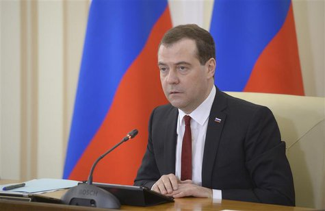 Russia's Prime Minister Dmitry Medvedev chairs a government meeting in the Crimean city of Simferopol, March 31, 2014. REUTERS/RIA Novosti/A
