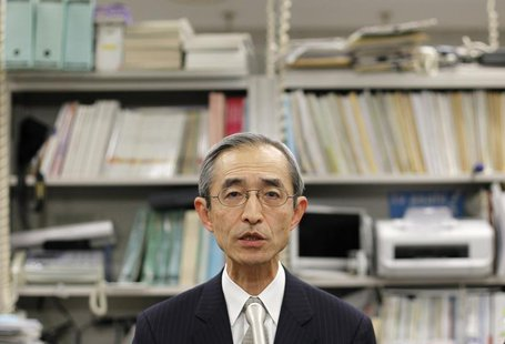 Nobuyuki Hirano speaks during news conference at the Bank of Japan in Tokyo January 30, 2012. REUTERS/Toru Hanai