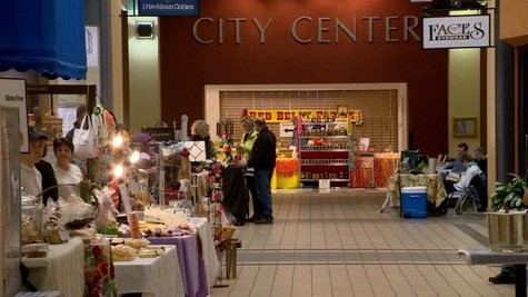 Appleton is looking to expand its popular farmers market to Wednesdays. (Photo from: FOX 11).