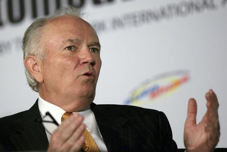 Mike Jackson, Chairman and CEO of AutoNation, speaks during a forum for the 2012 International Auto Show in New York, April 3, 2012. REUTERS