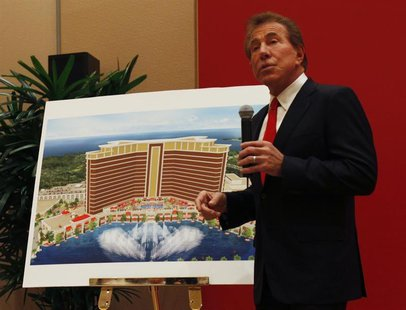 U.S. casino magnate Steve Wynn, head of Wynn Resorts Ltd and Wynn Macau Ltd, introduces the company's latest casino resort during a news con