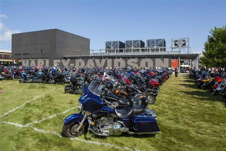 Parked motorcycles surround the Harley-Davidson Museum in Milwaukee, Wisconsin in this August 31, 2013., file photo. REUTERS/Sara Stathas/Fi