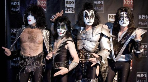 Paul Stanley, Eric Singer, Gene Simmons and Tommy Thayer (L-R) of the U.S. rock group KISS pose for photographers at the Koenig-Pilsener-Are