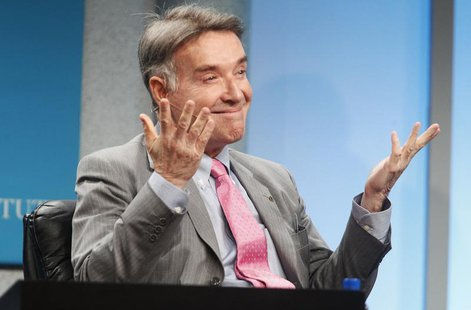 "Brazilian Eike Batista, chairman and CEO of EBX Group, gestures as he is introduced as one of the world's wealthiest men, prior to the ""Glob"