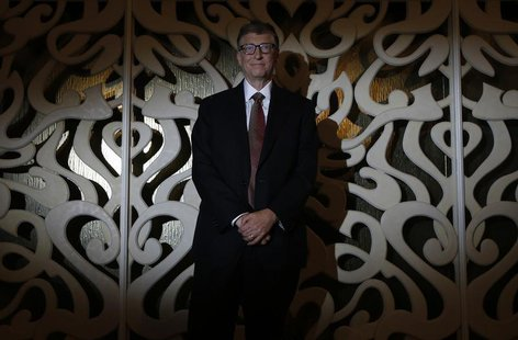 Bill Gates poses after an interview with Reuters in Singapore April 6, 2014. REUTERS/Edgar Su