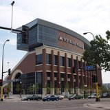 University of Minnesota TCF Stadium By Randy Stern [CC-BY-2.0 (http://creativecommons.org/licenses/by/2.0)], via Wikimedia Commons