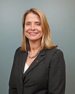 Jennifer Owens President Lakeshore Advantage