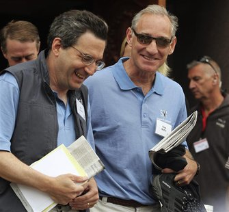 Fidelity Investments Contrafund manager Will Danoff (L) and Liberty Media CEO Greg Maffei (R) attend the second day of the Sun Valley Confer