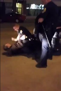 Still photo taken from Green Bay Police arrest video. (Photo from: YouTube).