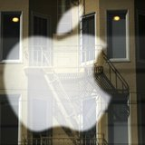 The Apple logo is pictured at a retail store in the Marina neighborhood in San Francisco, California April 23, 2014. REUTERS/Robert Galbrait
