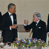 U.S. President Barack Obama (2nd L) and Japan's Emperor Akihito (2nd R) offer toasts to each other during the Japan State Dinner at the Impe
