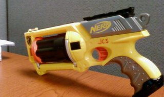 Nerf N-Strike Maverick Rev-6 by Jake Sutton via CreativeCommons.com (cropped)