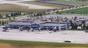 Minot airport