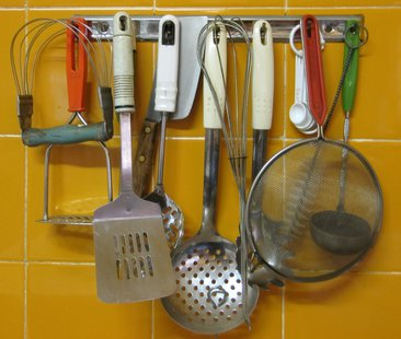 Some kitchen utensils.