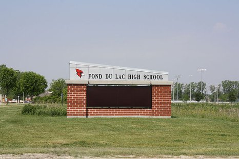 Fond du Lac High School sign. (Photo from: By Royalbroil (Own work) [CC-BY-SA-3.0 (http://creativecommons.org/licenses/by-sa/3.0)], via Wikimedia Commons)