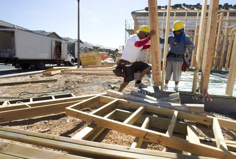 Carpenters frame a home at a residential construction site in the west side of the Las Vegas Valley in Las Vegas, Nevada April 5, 2013. REUT