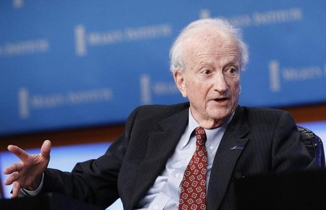 "Nobel Laureate Gary Becker, Professor of Economics and Sociology, University of Chicago, speaks at the panel ""Marketplace of Ideas"" during T"