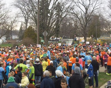 Runners preparing for the start of the Tulip Time Fun Run at Kollen Park on May 3, 2014, that kicked off the 2014 Tulip Time Festival.