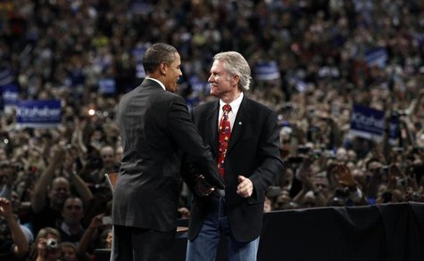 U.S. President Barack Obama attends a rally for gubernatorial candidate John Kitzhaber (R) in Portland, Oregon in this file October 20, 2010