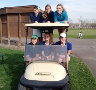 The Sioux Falls O'Gorman Knights won the Girls City Golf Meet at Elmwood Golf Course.  (KELO AM)