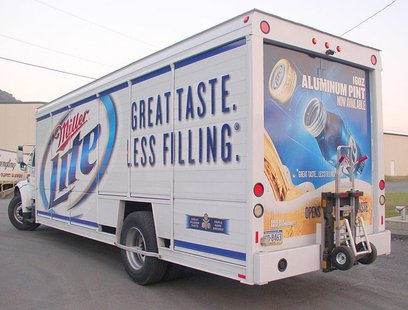 Durdach Bros. MillerCoors Distributing Miller Lite side-loader beverage truck. (Photo By MobiusDaXter (Own work) [CC-BY-SA-3.0 (http://creativecommons.org/licenses/by-sa/3.0) or GFDL (http://www.gnu.org/copyleft/fdl.html)], via Wikimedia Commons)